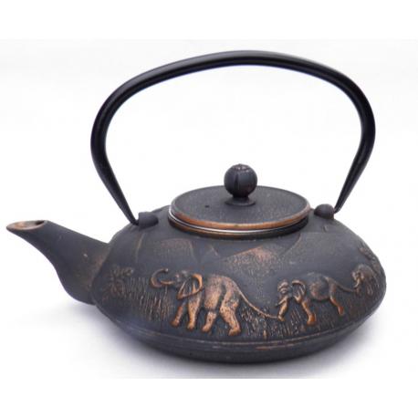 Żeliwny czarny dzbanek w słonie - 1100ml